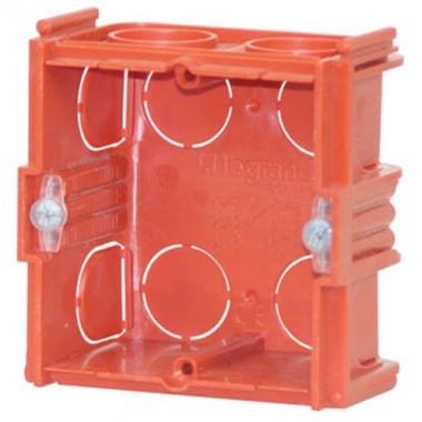LEGRAND Batibox Boîte d'encastrement àsceller 70 x 70 P40